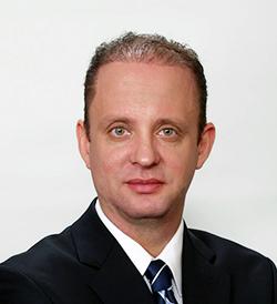 Daniel Lenghea